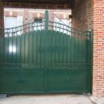grand portail vert