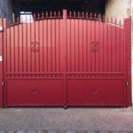 rénovation de portail rouge